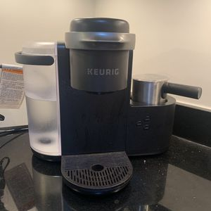Keurig k-cafe coffee cappuccino maker for Sale in Washington, DC