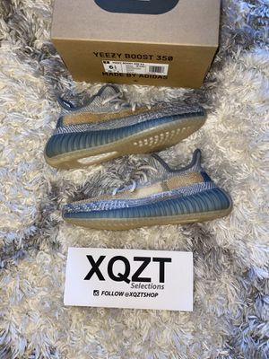 Yeezy Israfil 350 boost V2 size 6.5 for Sale in Wenatchee, WA