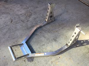 Haul Master motorcycle rear wheel swing arm spool stand for Yamaha Honda ducati Suzuki Kawasaki for Sale in Irvine, CA