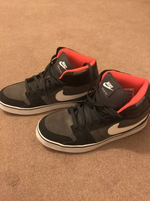 Nike shoes - men's 11 for Sale in Palmdale, CA