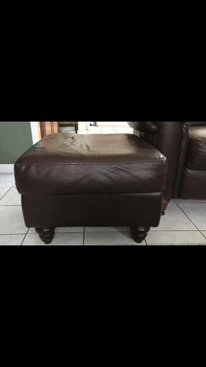 4 piece couch for Sale in Holmdel, NJ