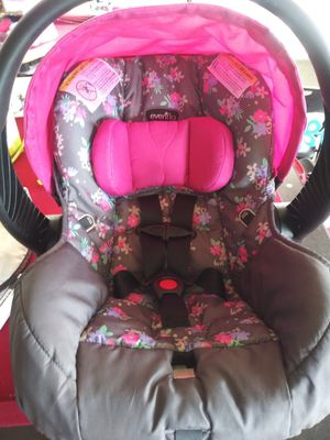 Car seat for Sale in Hanover, PA