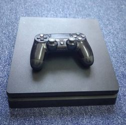 PS4 Black for Sale in Brooklyn,  NY