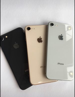 iPhone 8 64GB AT&T, Cricket h20 and Net 10 like New $255 each for Sale in Raleigh, NC