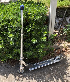 Scooter, in good condition for Sale in Stone Mountain, GA