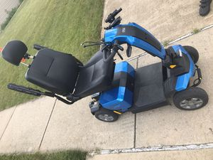 Pride victory Lx scooter like new for Sale in Joliet, IL