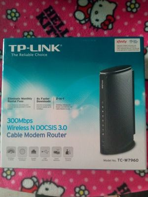 TP-Link 300Mbps wireless cable modem router for Sale in Hemet, CA