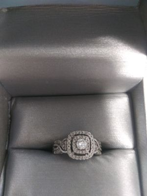 Zales Diamond engagement ring size 7 1.5k silver for Sale in Johnson City, TN