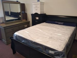 Bedrooms sets 40 down black, cherry, olive or white available for Sale in Columbus, OH