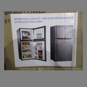 4.0 Cubic Ft Whirlpool Refrigerator/ Freezer for Sale in Bakersfield, CA