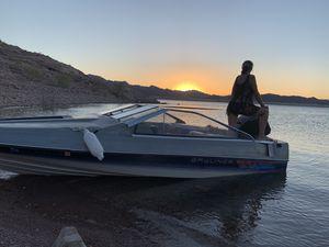 Bayliner Capri Closed bow. for Sale in Las Vegas, NV