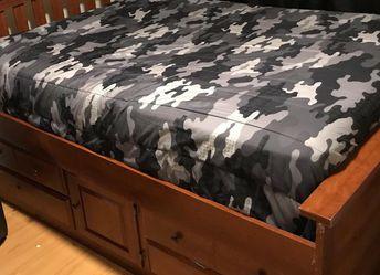 Bedframe for Sale in El Monte,  CA