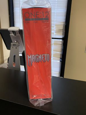 One:12 Collection- Mezco Toys Marvel MAGNETO for Sale in Winter Garden, FL