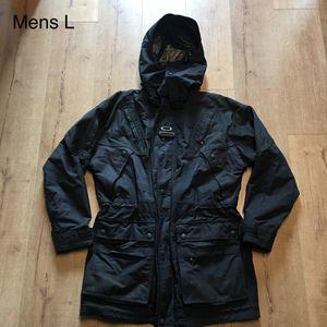 Mens L - Oakley Waterproof Ski/Snowboard Parka Jacket for Sale in Seattle, WA