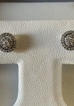 Delamore Diamond Earrings for Sale in UPPR MARLBORO,  MD