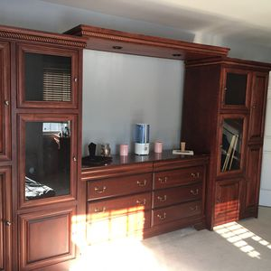 Wall unit with wall mount it can fit up to a 70inch TV for Sale in PA, US