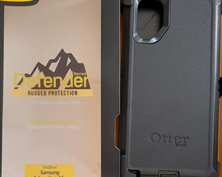 Samsung Galaxy Note 10 Plus Otterbox Defender Case With Belt Clip Holster for Sale in Santa Clarita,  CA