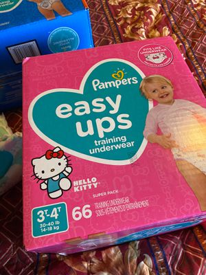 pampers easy ups training underwear for Sale in Tacoma, WA