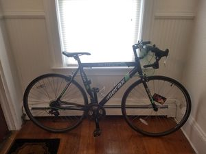 Road bike for ~5'4-5'10 person - lightweight trusty, comes with lock and lights for Sale in Boston, MA