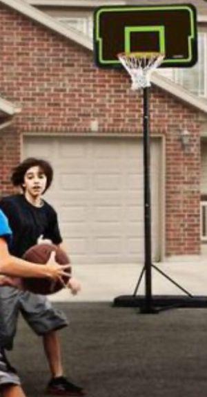 "New!! Basketball hoop, 44"" adjustable height portable basketball hoop, outdoor basketball hoop for Sale in Phoenix, AZ"
