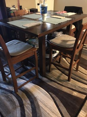 Dining table for Sale in Selma, TX