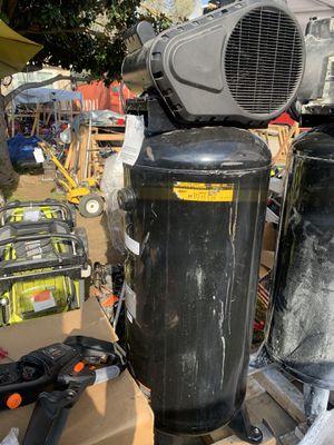 Husky 60 gallon compressor for Sale in Fresno, CA