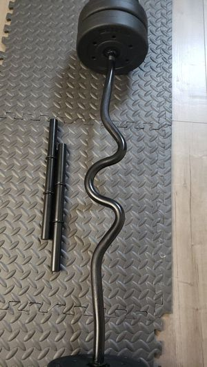 """48"""" Regular Threaded Solid Barbell Super Curl Bar, Black With 40 lbs Dumbbell Handle Set for Sale in El Monte, CA"""