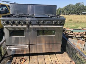 Five star 48 inch gas range for Sale in Cartersville, VA