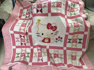 BEAUTIFULLY HAND SOWN ..... HELLO KITTY quilt must see to appreciate for Sale in Sheffield Lake, OH