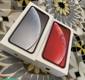 Iphone XR white for Sale in Pittsburg, CA