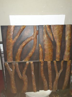 Glittery Tree Bark Wall Decor $20.00 cash only (serious buyers) for Sale in Dallas, TX