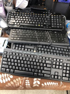 Keyboards Computer equipment $10 each for Sale in Hallandale Beach, FL