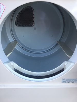 Speed queen electric dryer works awesome for Sale in Redwood City, CA