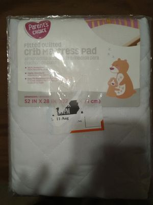 Fitted quilted crib mattress pad for Sale in Payson, AZ