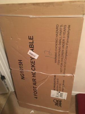 Ng1015h 4 foot air hockey table for Sale in Lilburn, GA