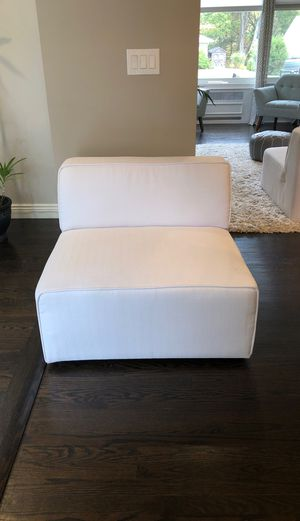 White contemporary chair (kid/pet friendly fabric) for Sale in Freehold, NJ