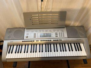 Keyboard piano for Sale in Everett, WA