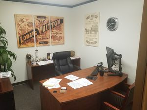 Office furniture, Desk and chairs for Sale in South Gate, CA
