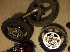 Honda F4i 600 Motorcycle Parts! Cheap! Stunt cage wheels forks ecu brakes rearsets for Sale in New York, NY