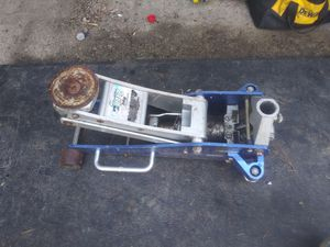 Aluminum floor jack for Sale in Burien, WA