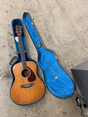 Vintage Yamaha fg-580 acoustic guitar. for Sale in Norwalk, CA