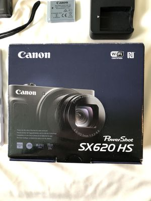 LIKE NEW Canon PowerShot SX620 HS Digital Camera for Sale in Riverside, CA