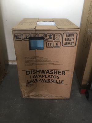 """New dishwasher frigidaire stainless steel w 24"""" for Sale in El Monte, CA"""