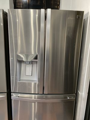 KENMORE STAINLESS STEEL FRENCH STYLE REFRIGERATOR ENERGY STAR for Sale in Lake Forest, CA