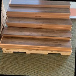 LUXURY VINYL GLUE DOWN FLOORING (35 SQUARE FEET A BOX) I7N for Sale in Moreno Valley,  CA