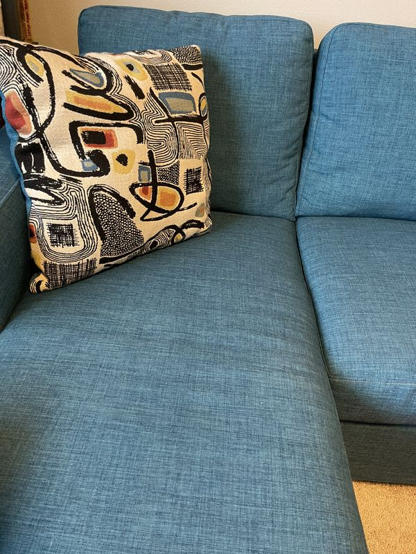 Sofa Chaise / Sectional / Queen Sleeper