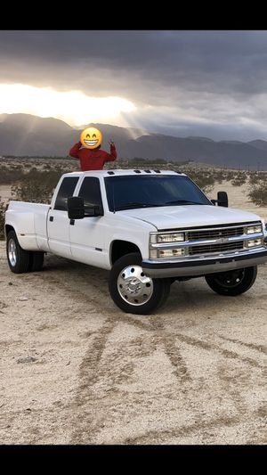 1996 Chevy dually for Sale in Valley Center, CA