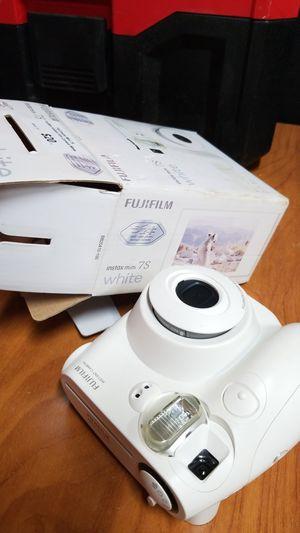 FujiFilm Instax Mini 7S- Fuji Instant Film Camera for Sale in Los Angeles, CA
