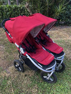 Bumbleride Indie Twin Double Stroller BRIT for Sale in West Palm Beach, FL