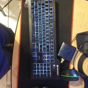 Keyboard for Sale in Miami, FL